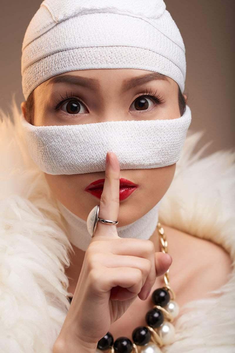 nose-job-hush