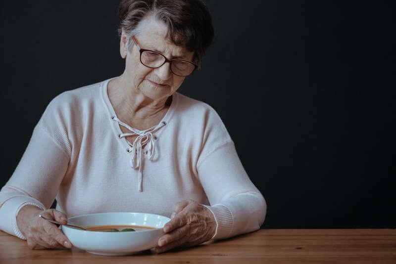 older-lady-during-dinner