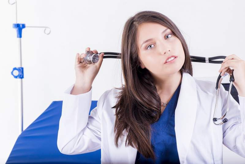 dr-doctor-women-professional