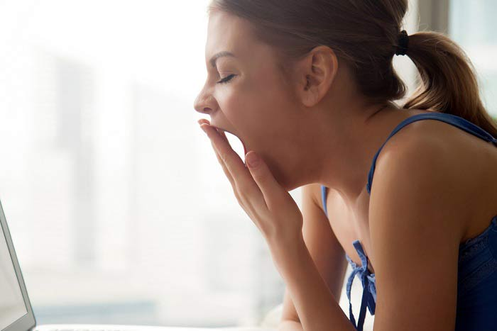 What are the symptoms of Migraine