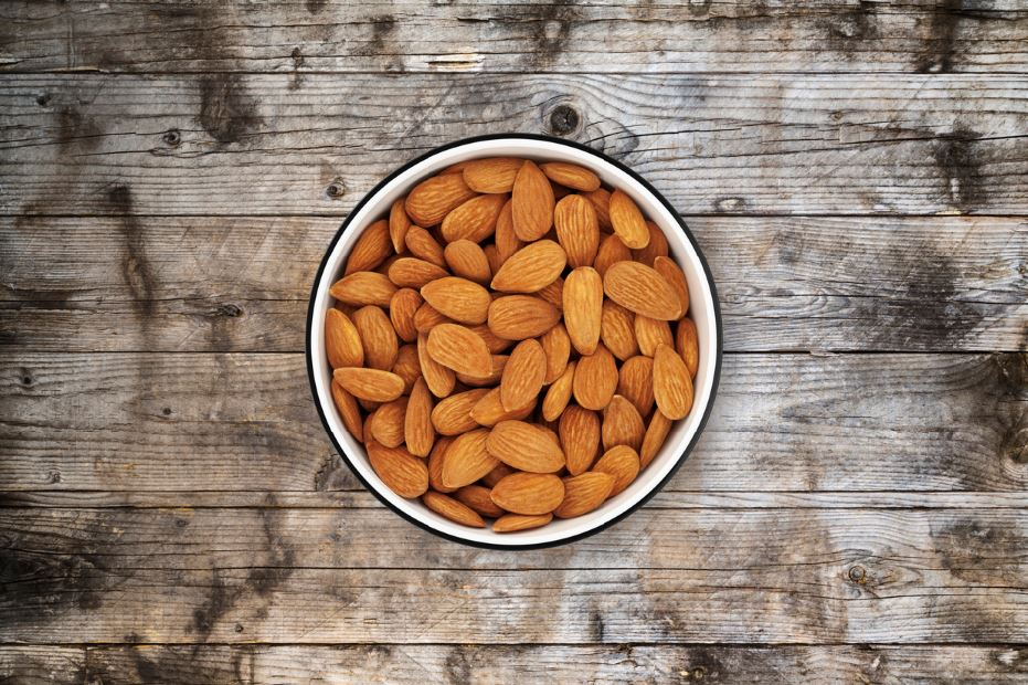 megnesium almonds stressed out reduce stress